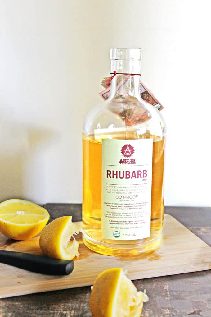 RHUBARB lemon shandy cocktail // Rhubarbarians