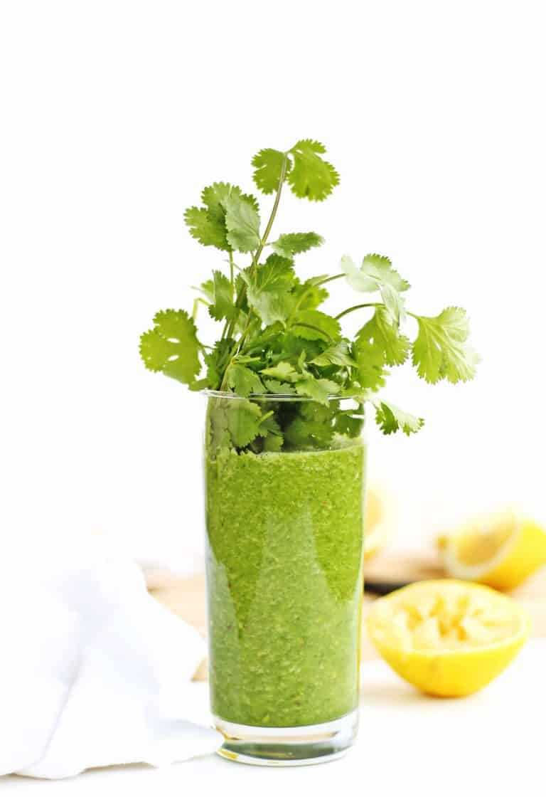 Detox glowing green smoothie recipe