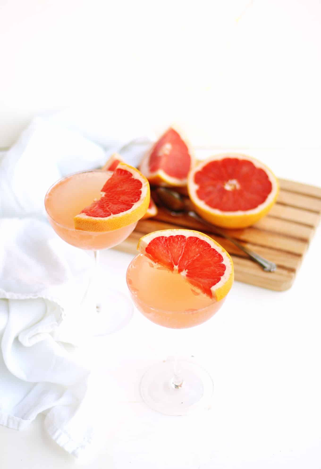 mimosas made with grapefruit