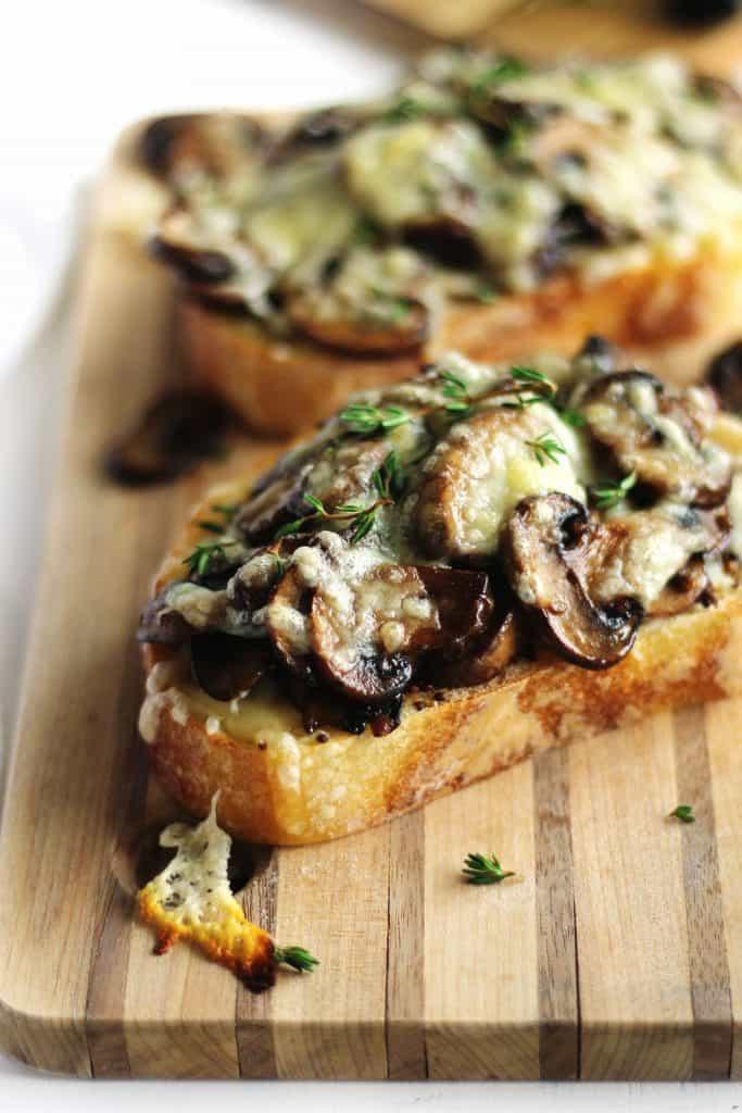 cheesy mushroom toast