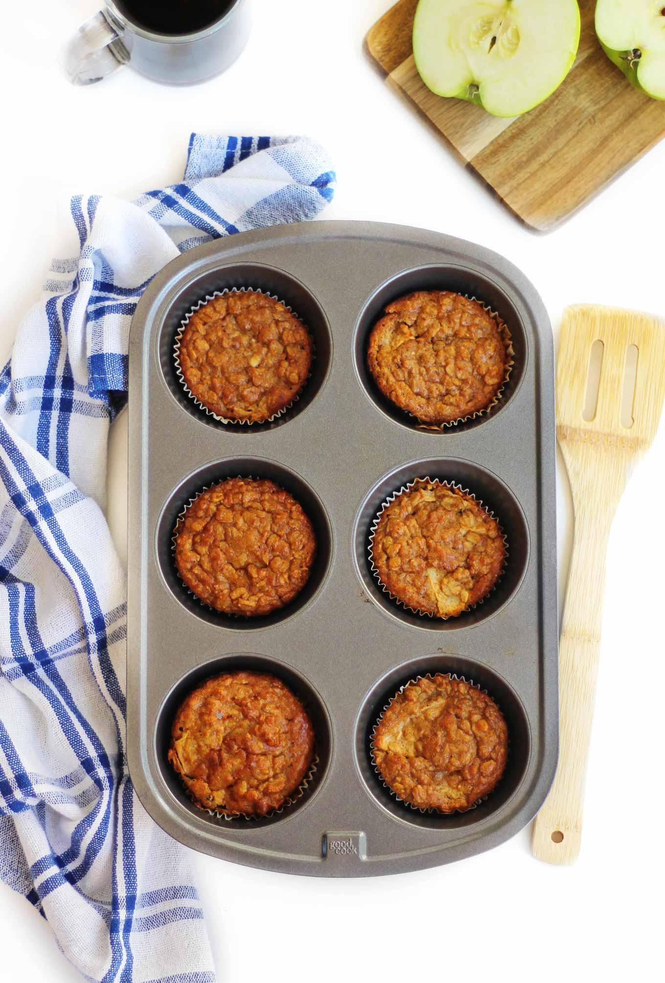 oatmeal breakfast cups in a muffin tin