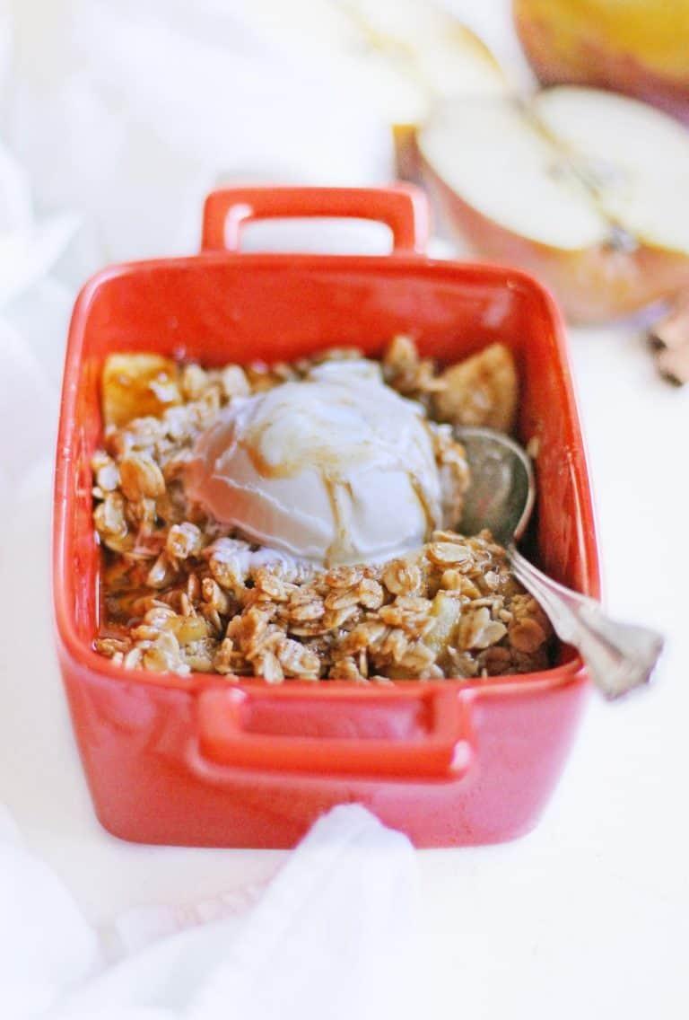 single serve apple crisp with ice cream