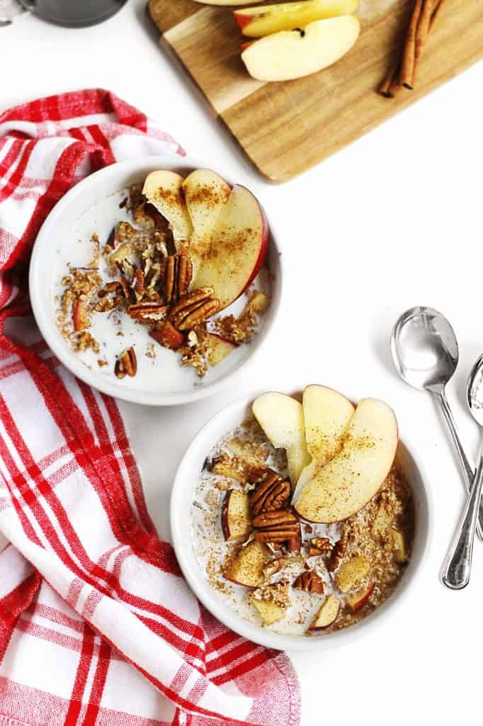 Instant apple cinnamon oatmeal