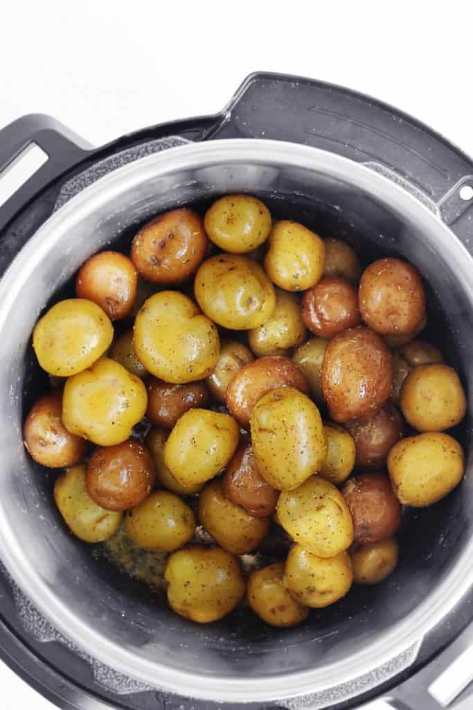 Instant Pot garlic herb potatoes