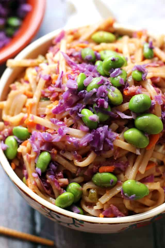 Peanut rice noodle bowls