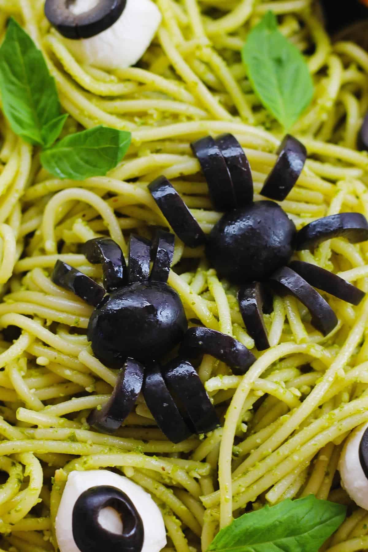 Halloween spider spaghetti